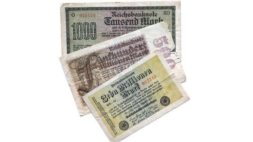 dollar-bill-896587_1280
