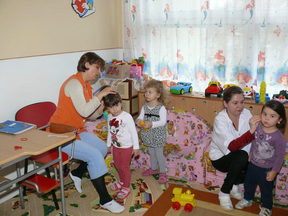 kindergarten-90505_1280